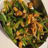 鶏ひき肉とニラの生姜炒め