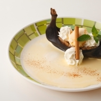 黒いお舟のバナナの炙り アイスのせ