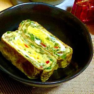 春菊とチーズの卵焼き