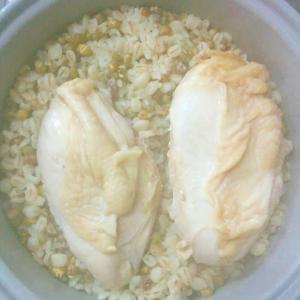 炊飯器だけ!超時短 高タンパク質 豆ご飯と蒸し鶏