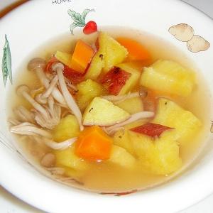 さつまいもとにんじんのスープ