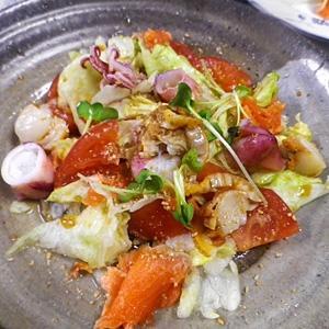 海鮮中華風ゴマサラダ