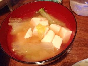 白菜と豆腐の味噌汁