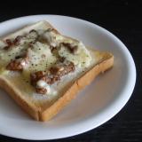 牛ばらチーズトースト