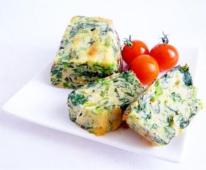 ちぢみほうれん草とチーズのケーク・サレ