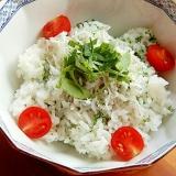 5分でヘルシー❤しらす丼♪(明日葉&あおさ粉)