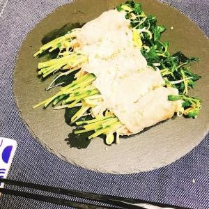 【電子レンジで】簡単♡豆苗と大豆もやしの豚肉巻き