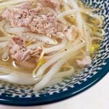 簡単ヘルシー(^^)豚肉ともやしの生姜スープ♪