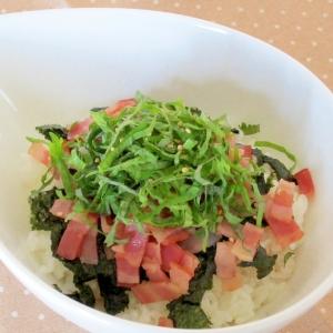 簡単昼ごはん☆大葉・ベーコン・焼海苔丼