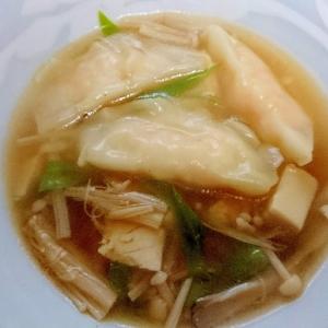 冷凍餃子で簡単☆餃子鍋
