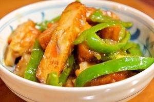 箸がススムよ!野菜てんぷらとピーマンの味噌炒め
