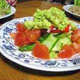 サラダにかける、アボカドフレッシュソース。