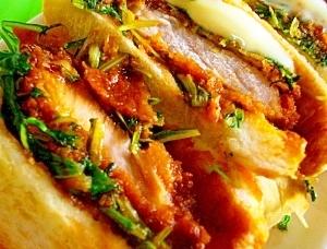 水菜のすり胡麻マスタードソースのカツサンド