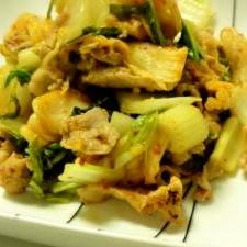 豚肉とセロリのキムチ炒め