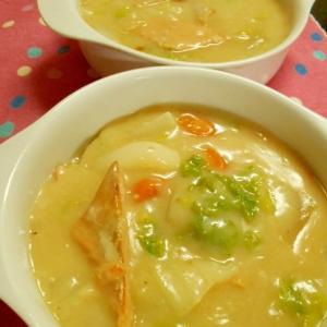 ご飯も進む♫ 和風鮭のクリームシチュー