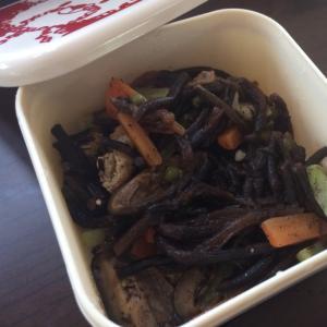 ひじきの煮物、シイタケ山椒煮を使って