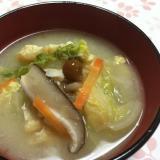 野菜たっぷり!食べるお味噌汁