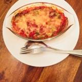 季節の野菜とトマトソースのチーズ焼き