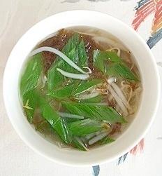 もやしと長葱のスープ