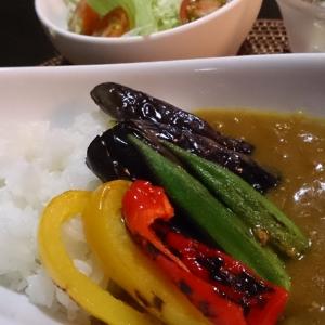暑い夏に♪挽き肉の夏野菜カレー