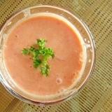 混ぜるだけ。トマト+豆乳の冷たいスープ