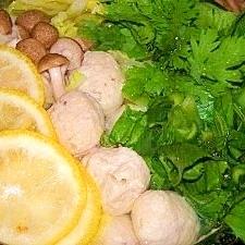 鶏肉団子の柚子鍋