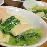 フライパンで小松菜と薄揚げの煮浸し