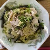 豚バラ肉と山菜のつけ麺