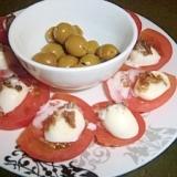 モッツアレラチーズとトマトのカプレーゼ