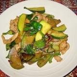緑の夏野菜バジル炒め