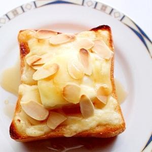 簡単♪チーズケーキの代わりにメープルチーズトースト