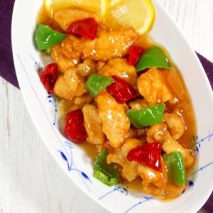 鶏むね肉の中華レモン炒め。