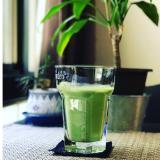 【1杯で一食分の野菜とタンパク質】バナナスムージー