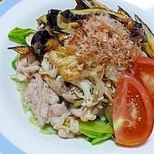 塩麹豚とレタスの炒め物!野菜てんこ盛り♪