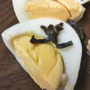 茹で卵の塩昆布和え