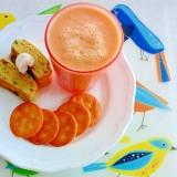 人参スムージーと水菜の卵焼きのモーニングプレート