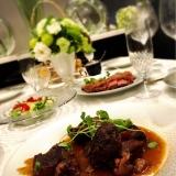 おもてなしやパーティーに!本格牛スネ肉の赤ワイン煮