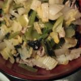 白菜と小松菜と豚肉の酒蒸し炒め