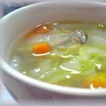 心まで温まる♪しょうがと野菜だけのスープ♪