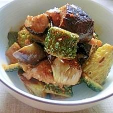 茄子とゴーヤの辛味噌炒め煮✿