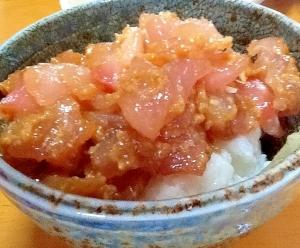 しょうゆ麹漬けマグロ丼