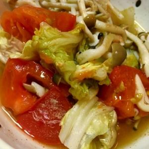 トマトと白菜の蒸し焼き