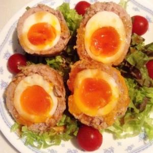 豚ひき肉半熟卵包み焼