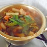 野菜だらけのキムチ鍋