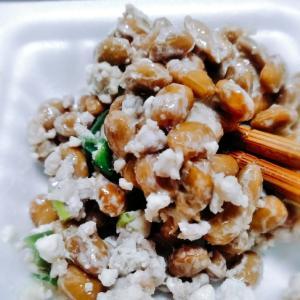鶏ミンチとうふ納豆