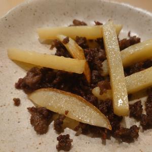 合挽き肉とジャガイモ炒め