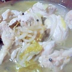 味付けは塩麹のみ!鶏むね肉と野菜のレンジ蒸し