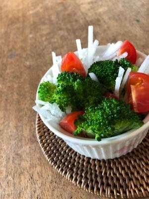 大根とブロッコリーのサラダ