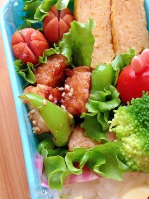 お弁当のおかず☆厚揚げと鶏肉のオイスター炒め♪