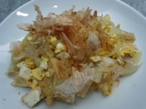 厚揚げと卵といり卵の炒め物